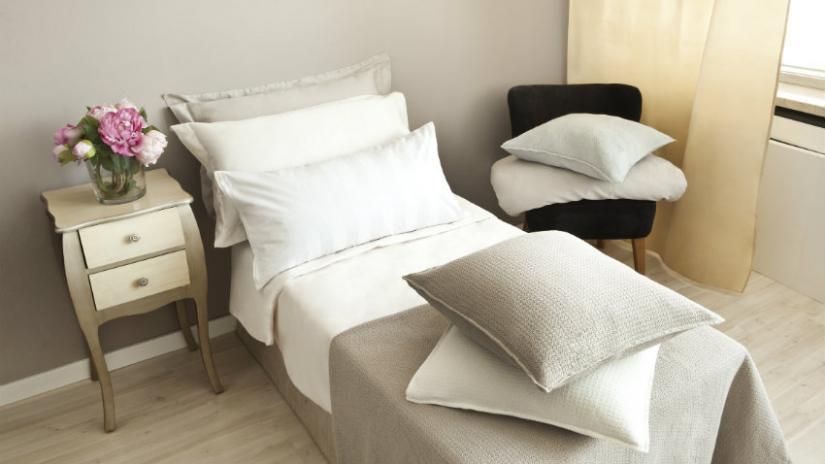 łóżko jednoosobowe do sypialni