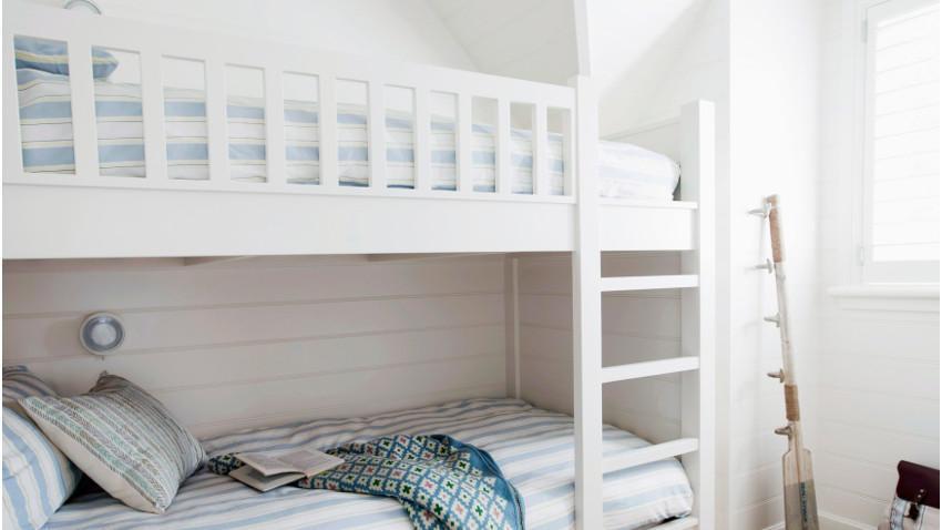 Łóżko na antresoli