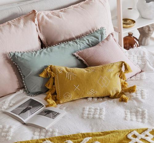 Poduszki do spania na boku