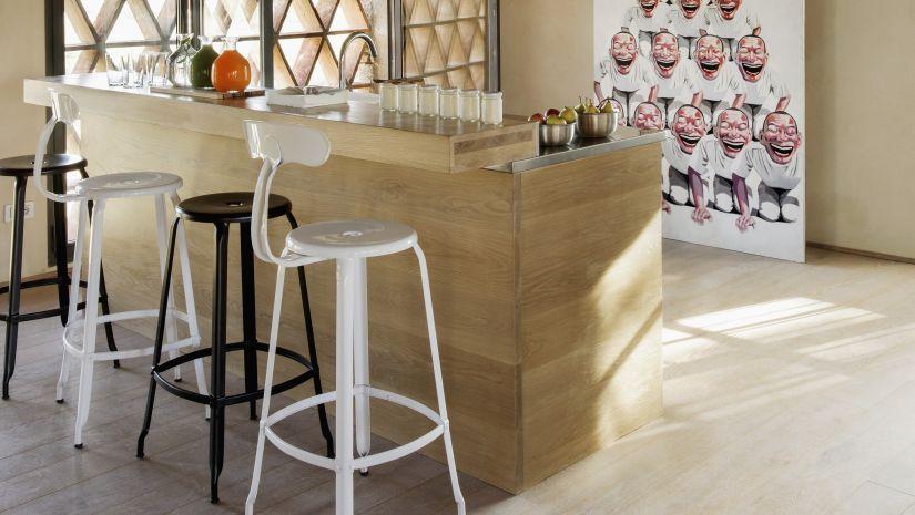 Štýlové barové stoličky z kovu