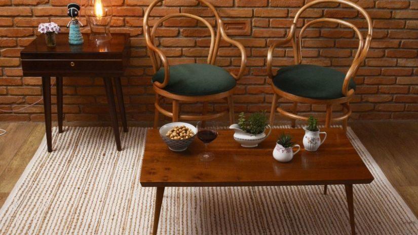 Béžový koberec vo vintage štýle