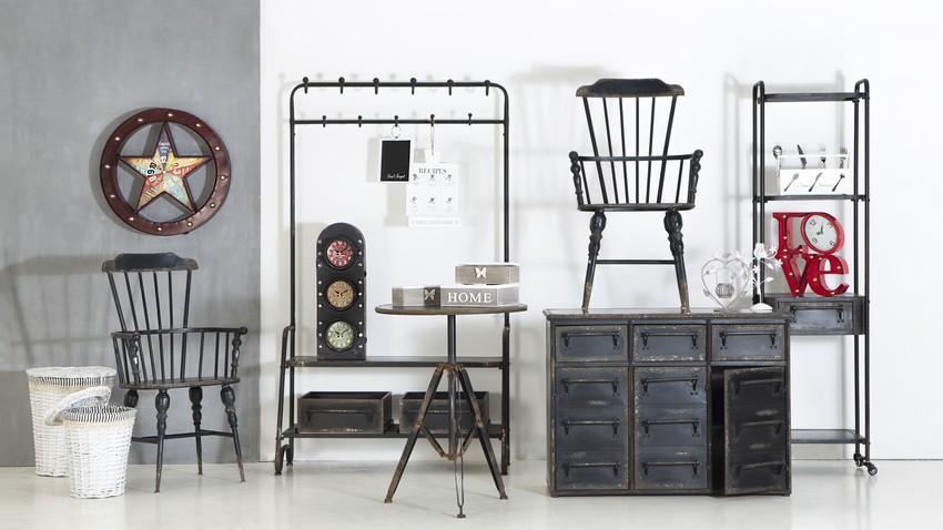 Drevené retro stoličky