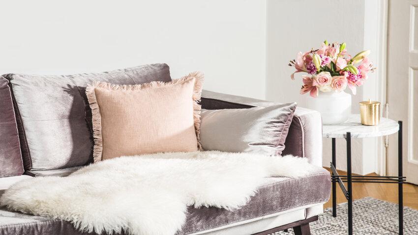 Zamatové a bavlnené vankúše do obývačky