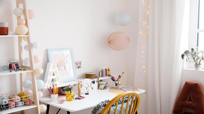 Kancelársky stôl v detskej izbe