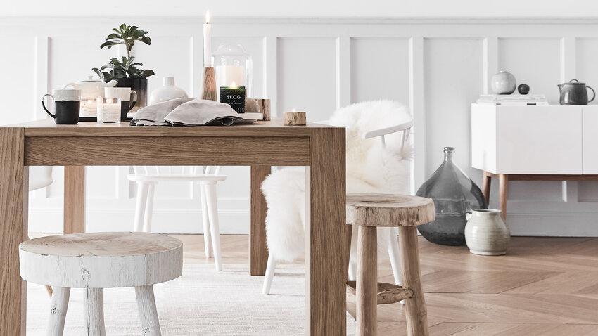 Drevený rozkladací stôl