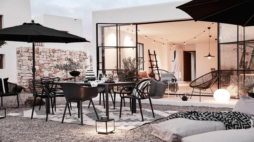 svetelné reťaze na terase