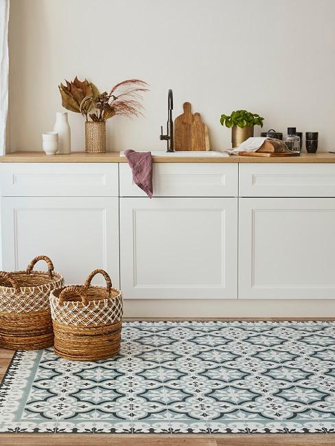 Schöne Küche im Landhausstil mit Scandi Look
