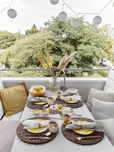Zitronen Deko Balkon Tisch