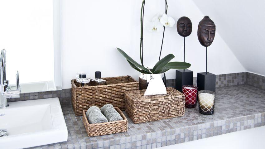 Muebles de baño grises, elegancia pura