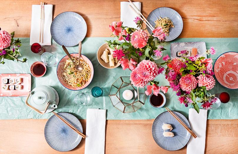 Una mesa, tres estilos