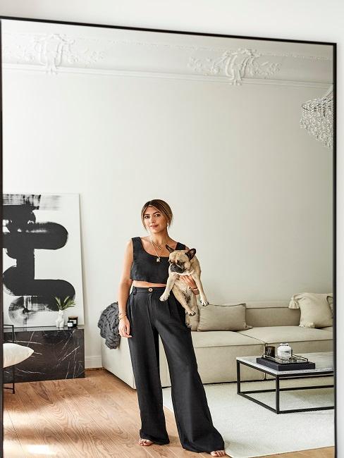 Aylin König Wohnzimmer Hund Spiegel