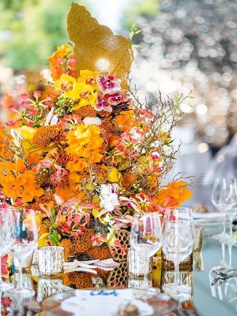 Tischdeko Hochzeit Blumen Centerpiece Gläser