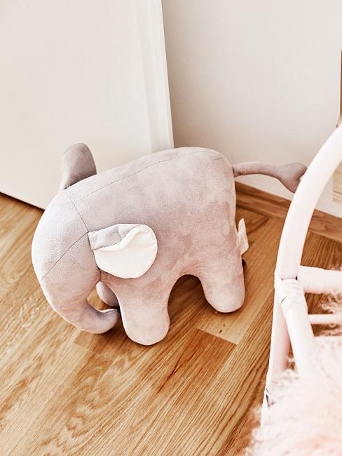 Elefant Kuscheltier