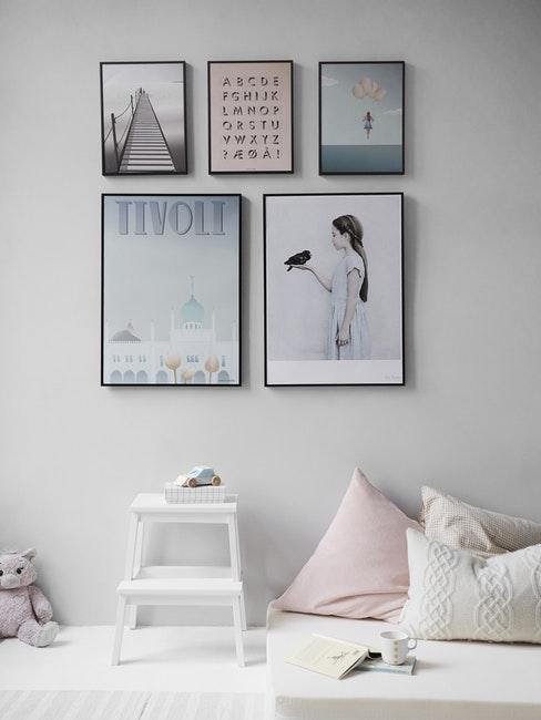 Chambre d'enfant décoration blanche