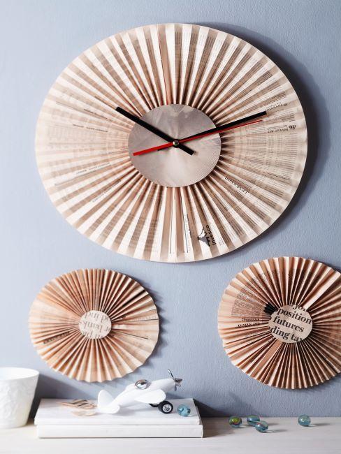 Ensemble d'horloges décoratives