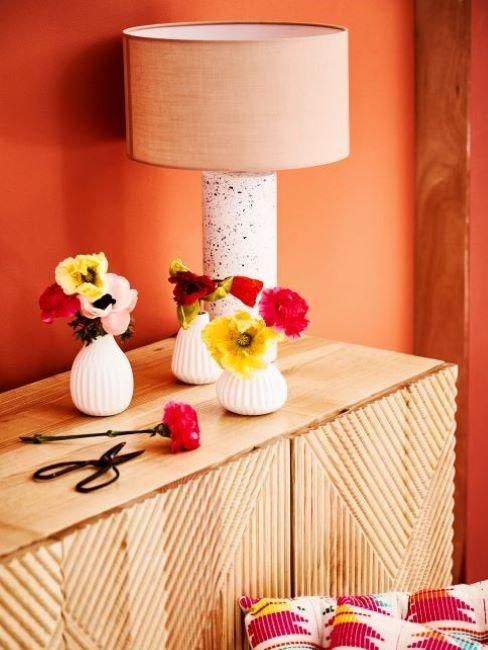 colore arancione parete