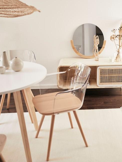 Japans Design Mid century modern eetkamer met lichte houten meubels