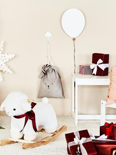 Pokój dziecięcy z prezentami