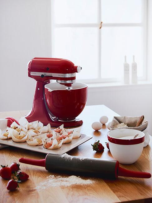 Czerwony robot kuchenny