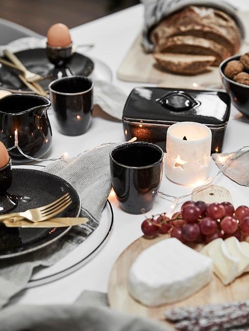 Tischdeko Schwarz-Weiß Gold Frühstück