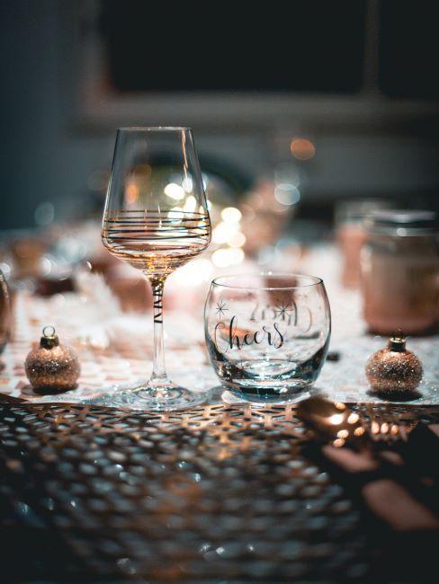 Décoration nouvel an avec verres