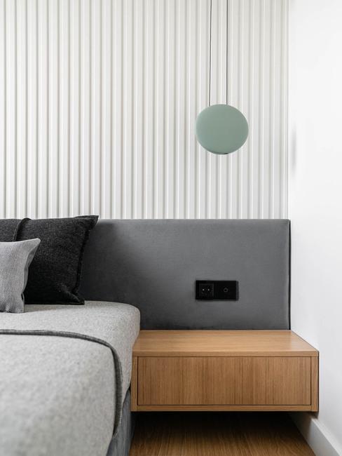 Minimalistyczna sypialnia w monochromatycznych barwach