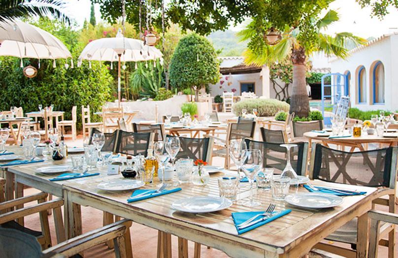 Ontdek de hotspots van Ibiza met Tahnee