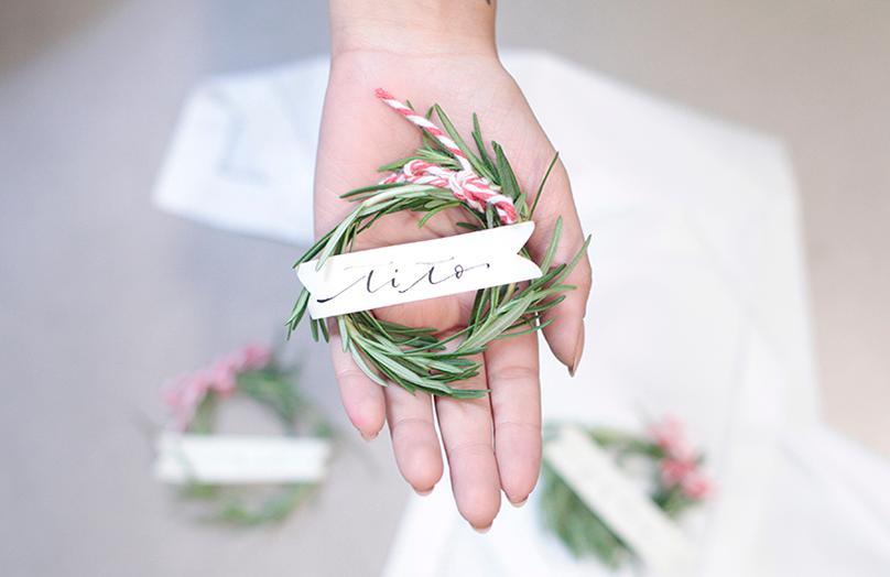 DIY: Rozemarijn krans naamkaartjes