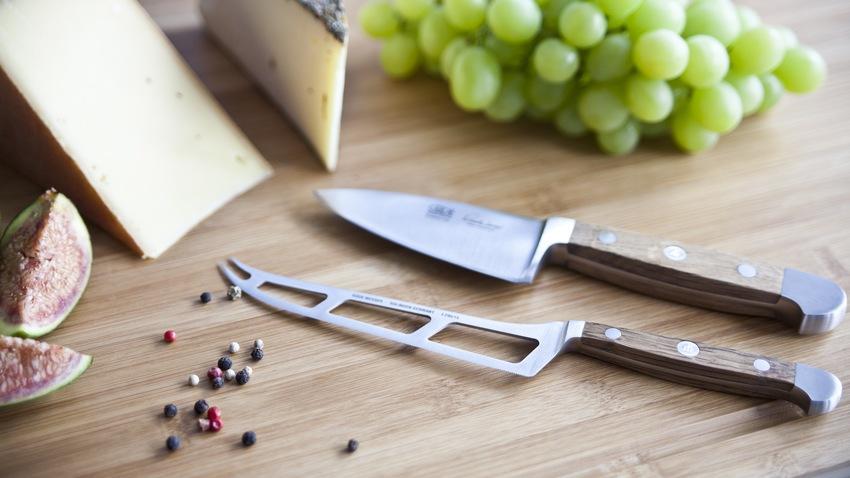 Nůž na sýr
