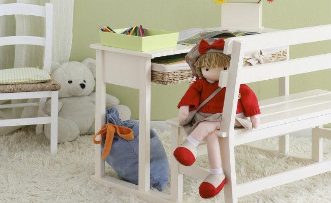 Białe meble dla dzieci do kącika zabaw