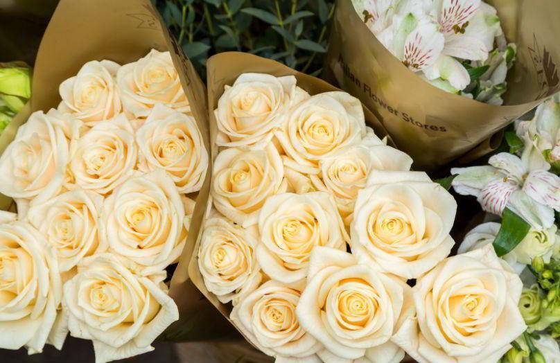 Decorare con un fiore - I consigli di Frida's