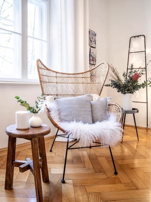 Krzesło w stylu Arne Jacobsena