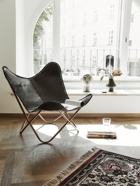 Lederarten schwarzer Sessel