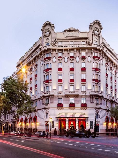 El Palace Barcelona Außenansicht