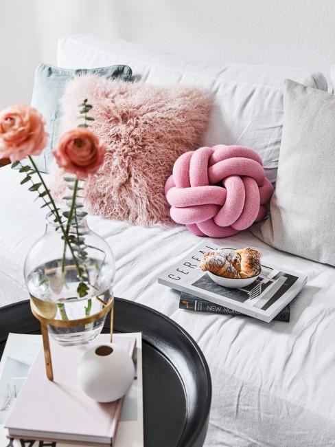 Sofa reinigen von Essensflecken