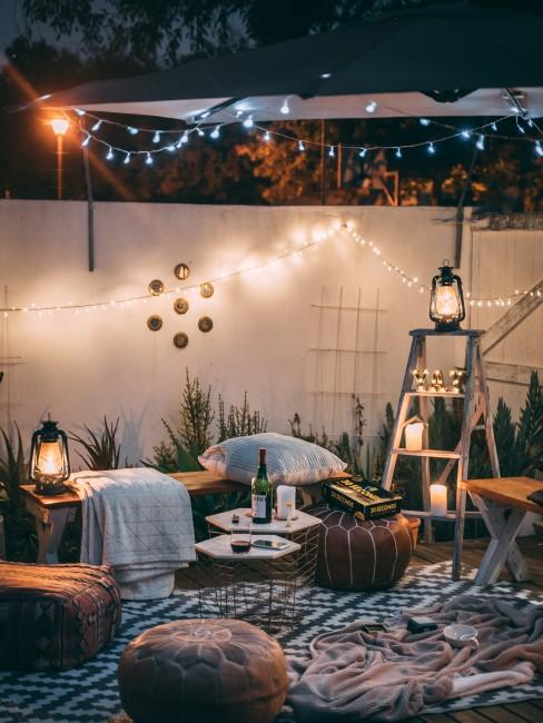 jardin con iluminación