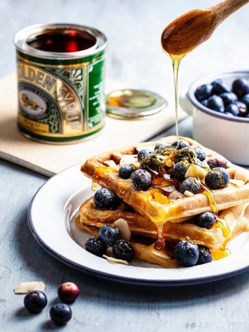 gofres con arandanos y miel