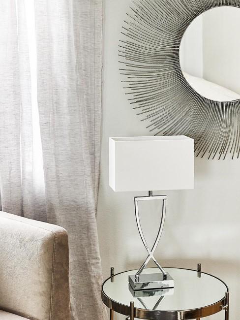 lampara de mesa y espejo de aluminio