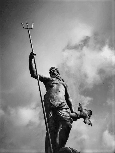 estatua de neptuno