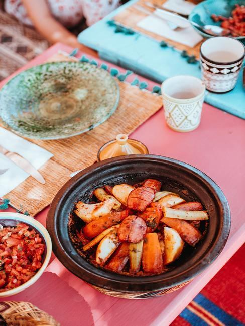 Plat marocain avec couscous