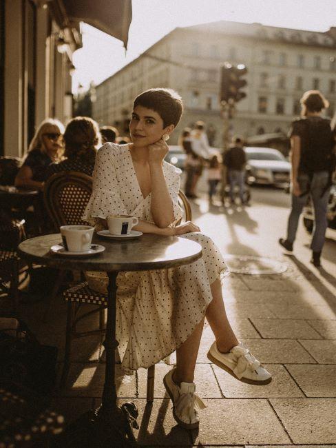 Paris, voyages, café, instagram, selfie