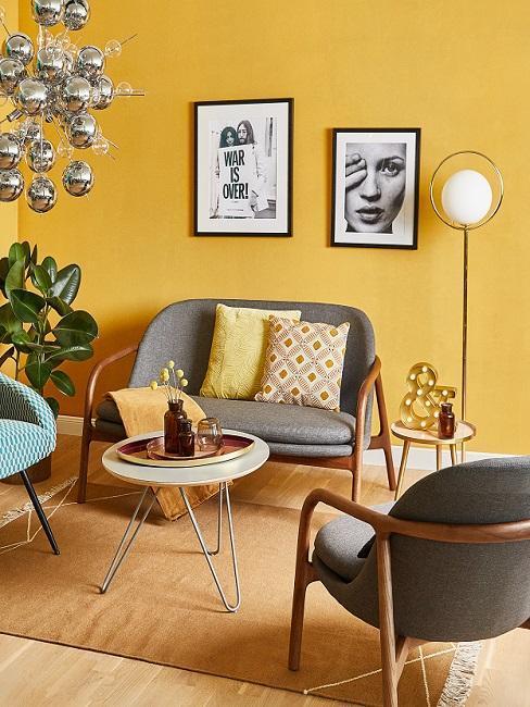 Salon mur jaune