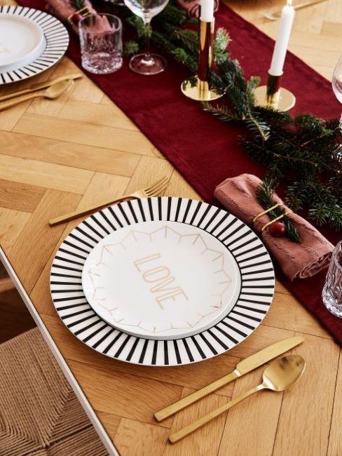 piatto tavola natalizia