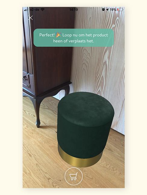 Augmented Reality groene poef in woonkamer