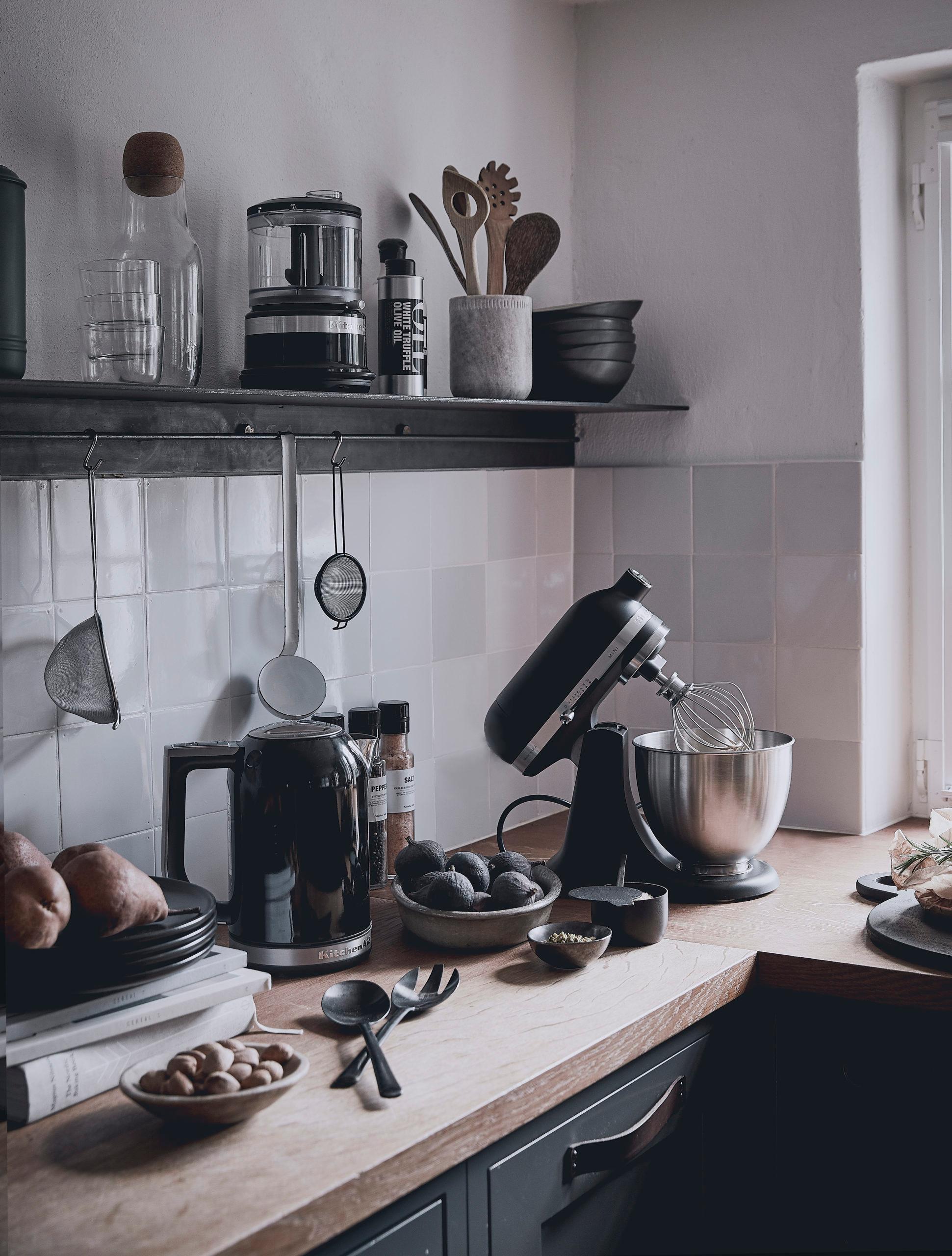 Keuken kopen tips: Nieuwe meubels in de keuken met moderne accessoires