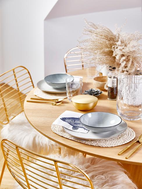 Pastelowa aranżacja stołu