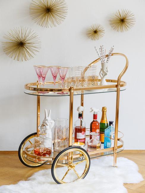 kolorowy stół barowy