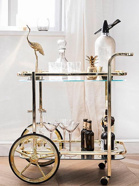 Wózek barowy w stylu glamour