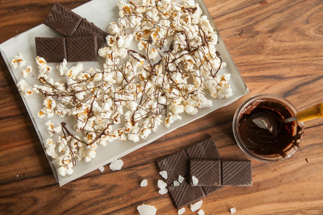 sladký domácí popcorn s čokoládou
