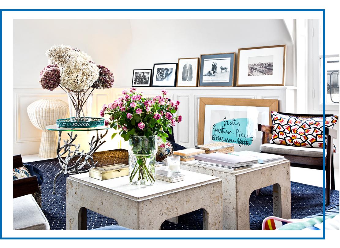 Homestory-Marie Peltier-Westwing-Wohzimmer-Blumen